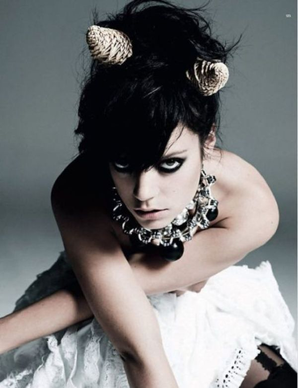 lily allen harpers bazaar 1 d3fxf 22975 Who Run the World: Lily Allen