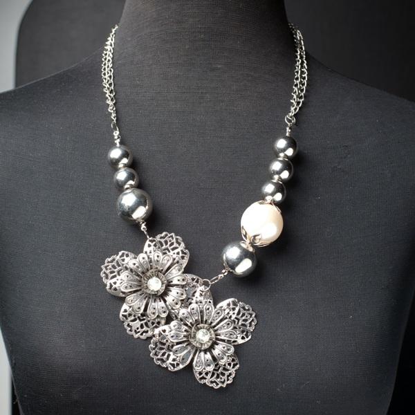 neck2 Wannabe Sales rasprodaja: Tijana Žunić i modni predlozi