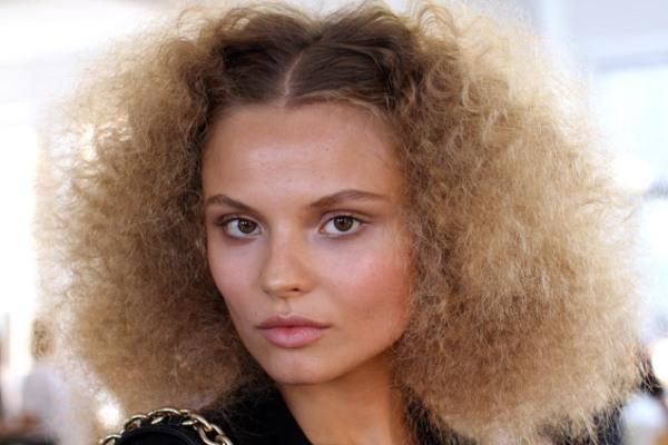 oscar de la renta romantican izgled preporucuje oscar Beauty trendovi za januar 2012. godine