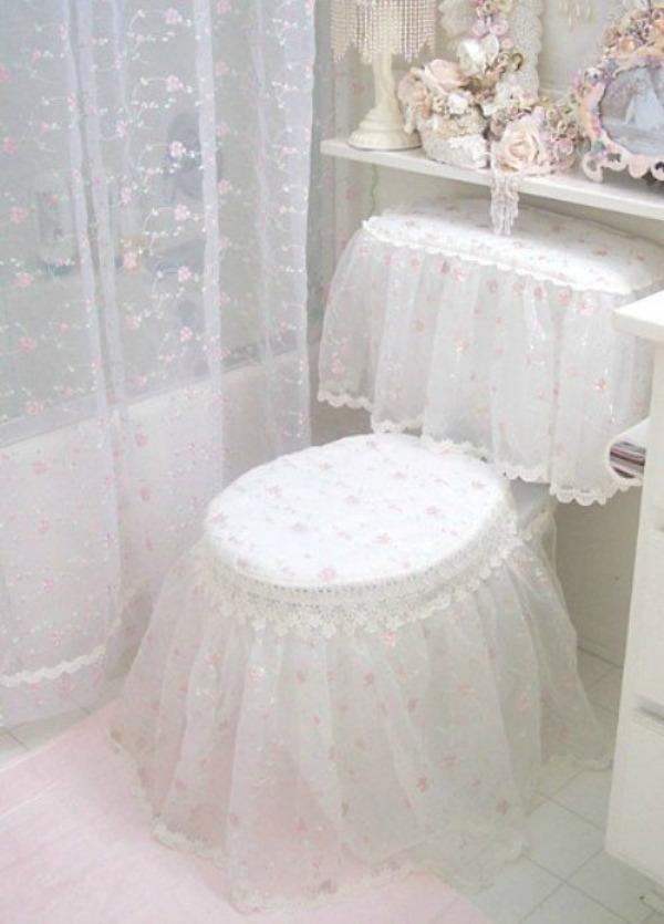 slika 8 kupatilo1 Devojačke sobe – romantični, vintage stil
