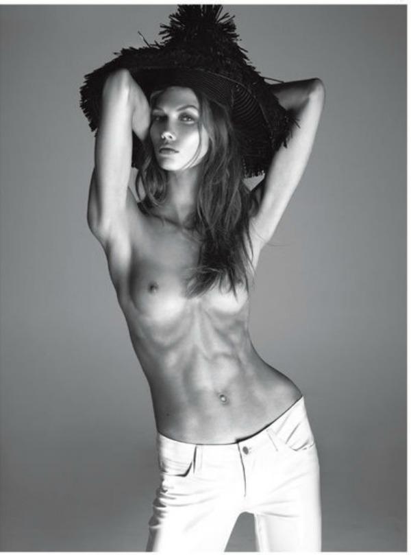 1212 Vogue Italia: Zavodljiva Karli