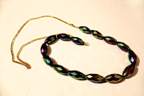 1213 Uradi sam: Prepravi staru ogrlicu od perli
