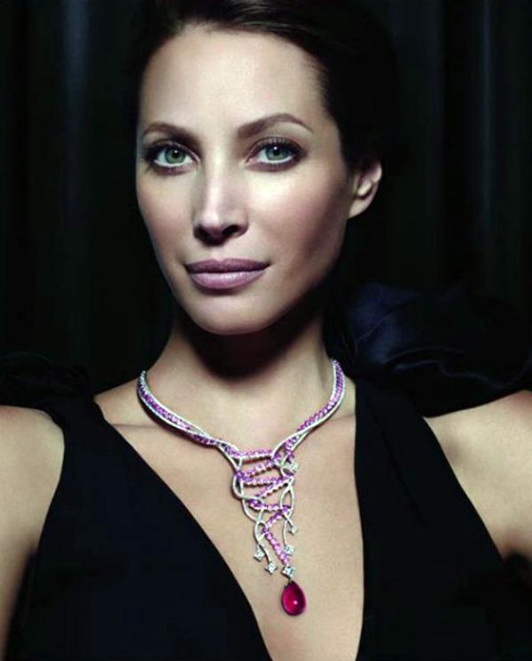 2211 Louis Vuitton Jewellery: Osetite magiju