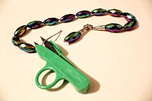 255 Uradi sam: Prepravi staru ogrlicu od perli