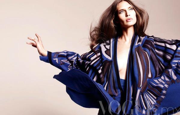288 Vogue Mexico: Dodir sedamdesetih uz Biancu Balti
