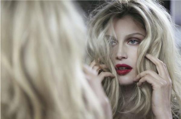 31 Laetitia Casta: Zanosna, šarmantna i zavodljiva