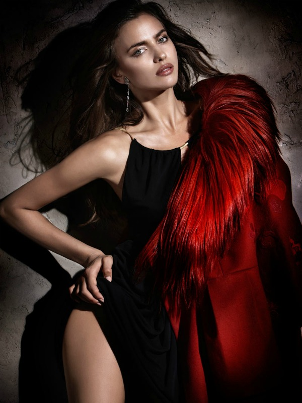 411 Zavodljivost crvene boje: Irina Shayk za Elle Spain