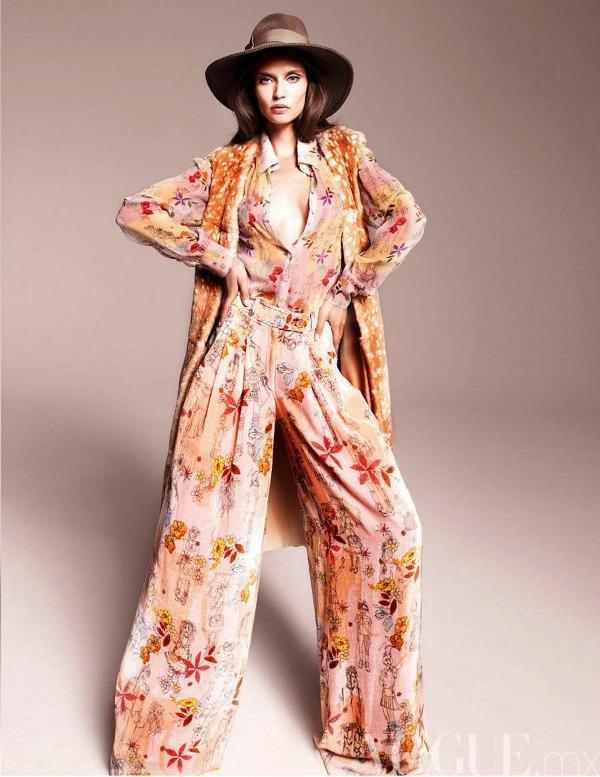474 Vogue Mexico: Dodir sedamdesetih uz Biancu Balti