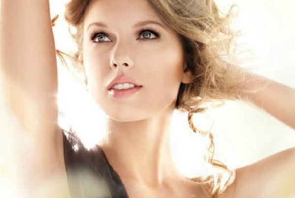 547 Modni zalogaji: Ko je lepša plavuša?