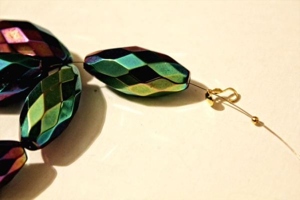 632 Uradi sam: Prepravi staru ogrlicu od perli