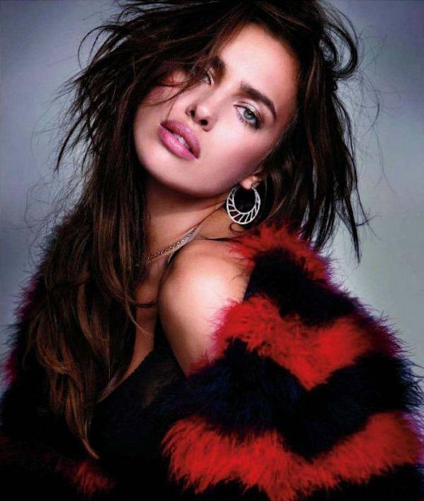 68 Zavodljivost crvene boje: Irina Shayk za Elle Spain