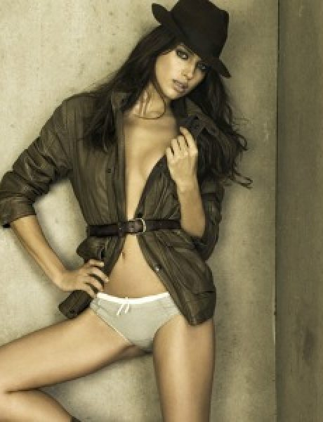 Irina Shayk nosi toplu obuću Xti