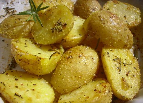 SLIKA 11 Krompir u prezlama