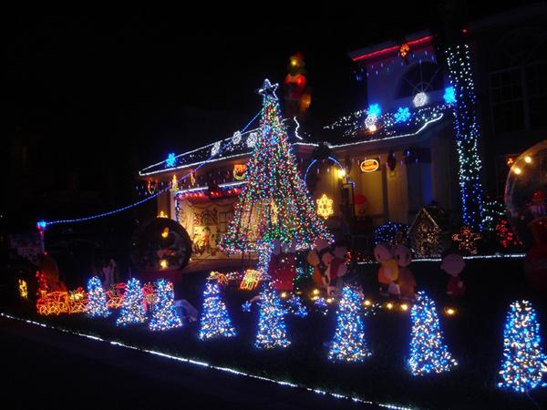 Slika23 Top 10 najlepše ukrašenih kuća