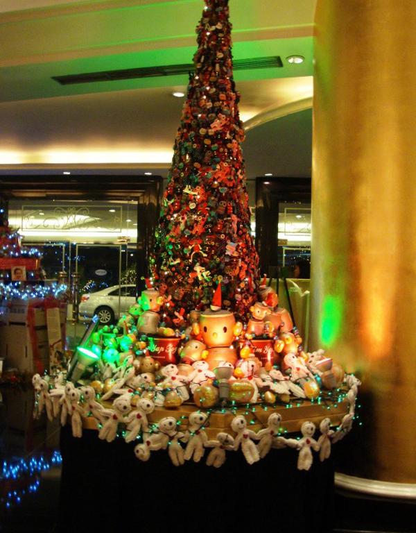 Slika51 Top 10 najneobičnijih božićnih jelki