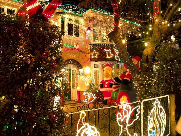 Slika72 Top 10 najlepše ukrašenih kuća