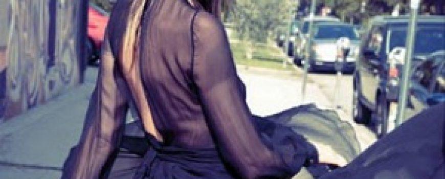 "Mala crna haljina: Angela Lindvall za ""Elle France"""