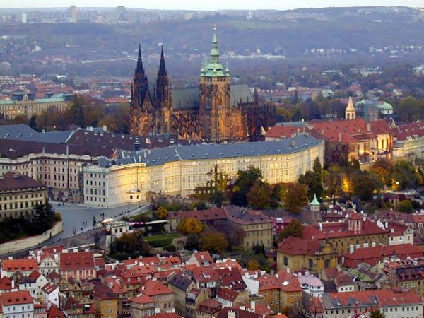 slika 35 Trk na trg: Staroměstské náměstí, Prag