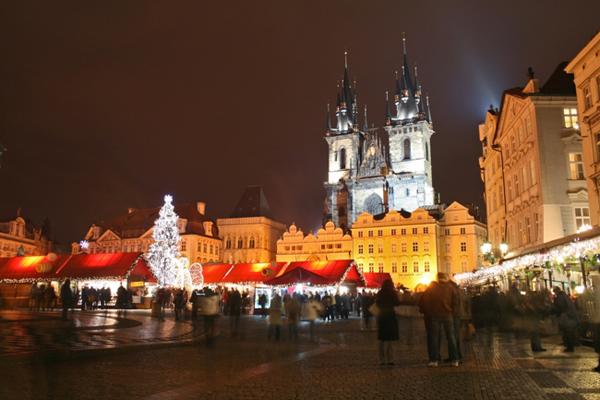slika 63 Trk na trg: Staroměstské náměstí, Prag