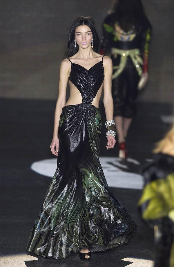 241 Modni vremeplov: Cavalli haljine