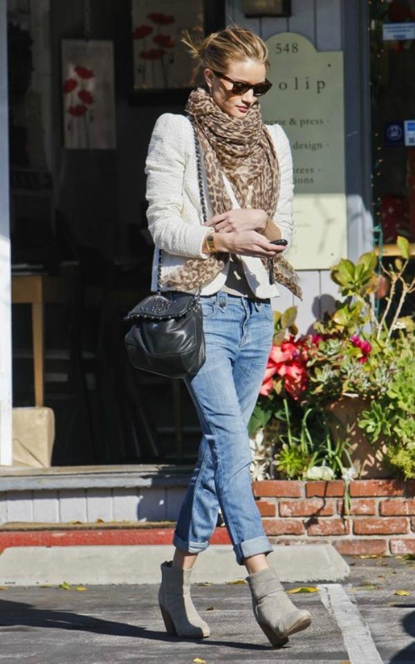 327 Street Style: Rosie Huntington Whiteley