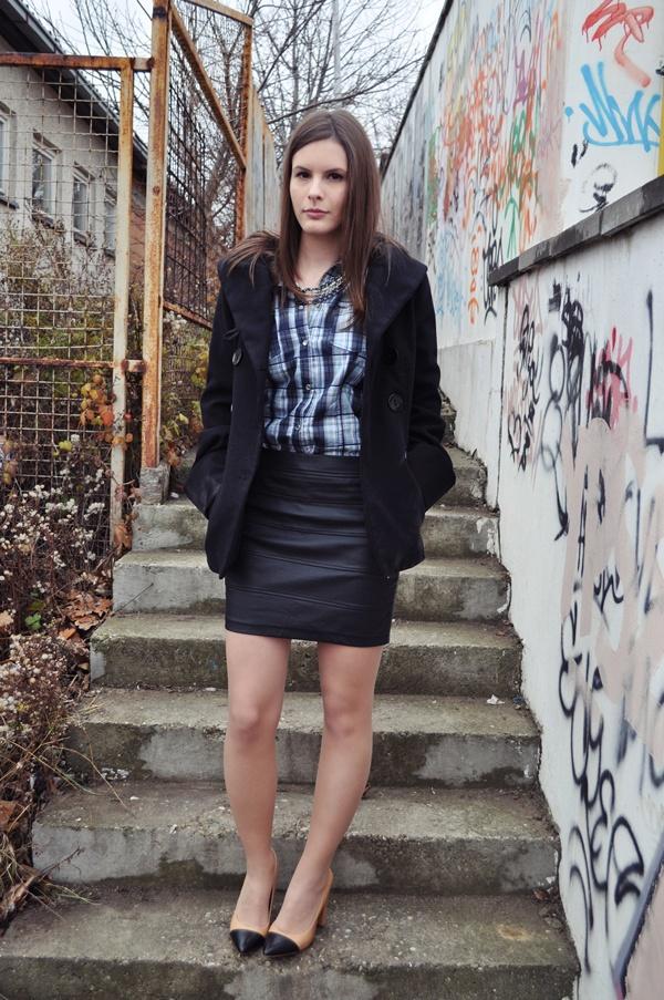 525 Modni predlog Aleksandre Skorupan: Kako nositi kožnu suknju