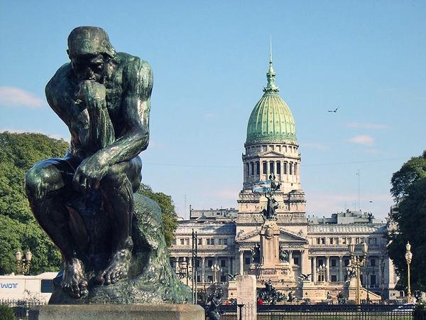 Slika19 Trk na trg: Plaza de Mayo, Buenos Ajres