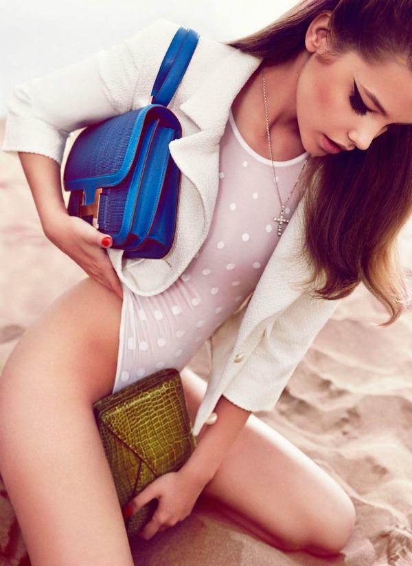 "barbara palvin8  ""Vogue Spain"": Barbara Palvin kao seks simbol"