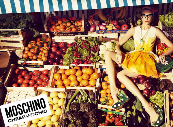 cheap La Moda Italiana: Moschino   Couture&Shock