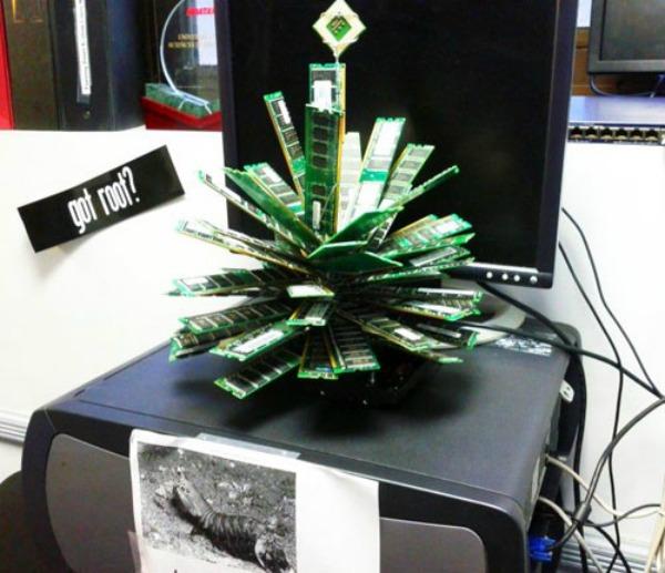 christmas tree memory Da Vinci XXI: Dizajnom protiv teških vremena