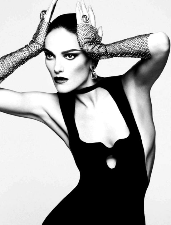 harpersbazaarespanacalendar20124 Harpers Bazaar España: Dvanaest modnih priča
