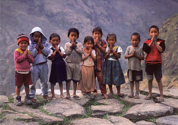 nepal 1 06 Produhovljeni krov sveta: Nepal