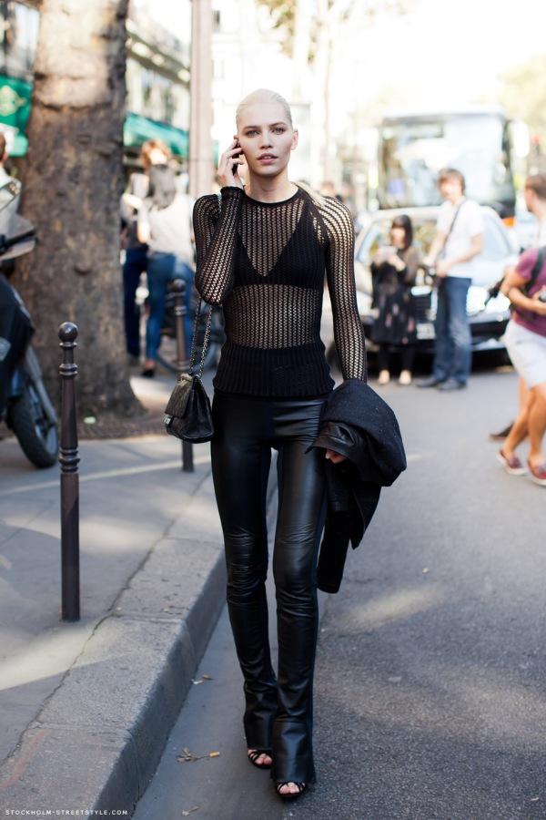 slika 25 Street Style: Aline Weber