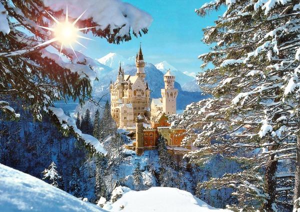 1260131357 neuschwanstein castle bavaria germany sun snow Romantične i neobične destinacije za medeni mesec