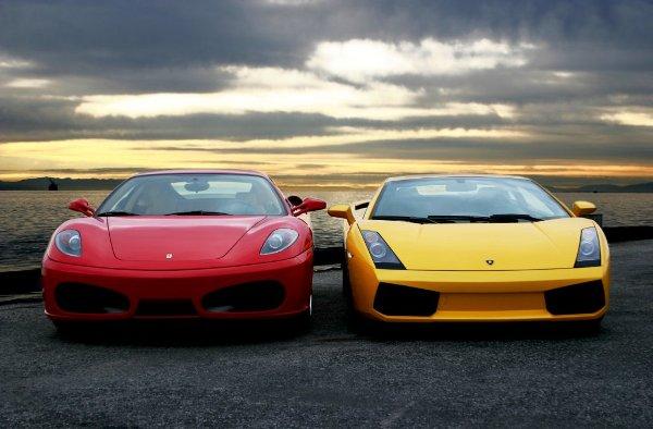 178 200km/h: Ferrari vs. Lamborghini