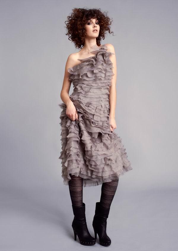 712 Stella Nova: Romantične haljine i topli džemperi