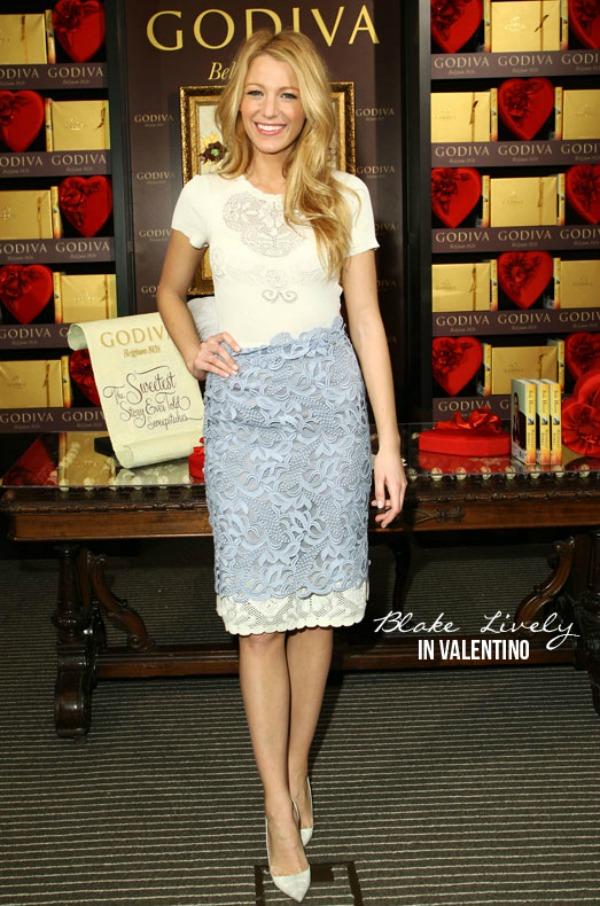 Blake Lively Valentino Fashion Police: Prolećno, a tako IN