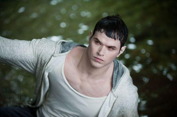 Emmett Cullen Najprivlačniji vampiri (2. deo)