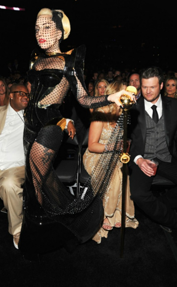 Lady Gaga at the 2012 Grammy Awards Fashion Police: Dodela nagrada Gremi 2012