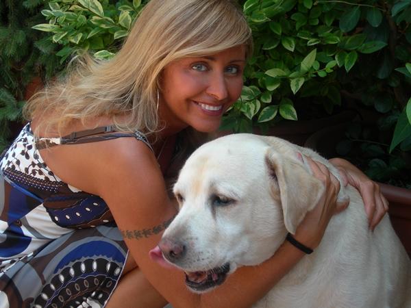 Marina sa svojim psom Pumbom Wannabe intervju: Marina Di Guardo