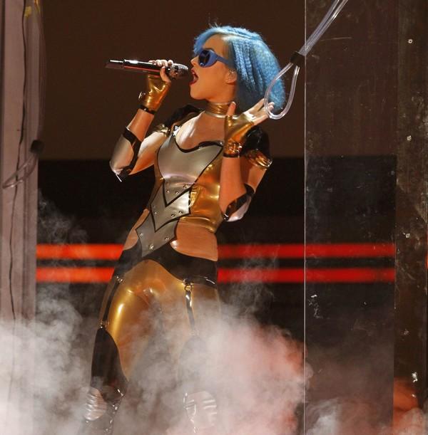 Slika 1 Kejti Katy Perry se upisala u istoriju Bilbordove top liste