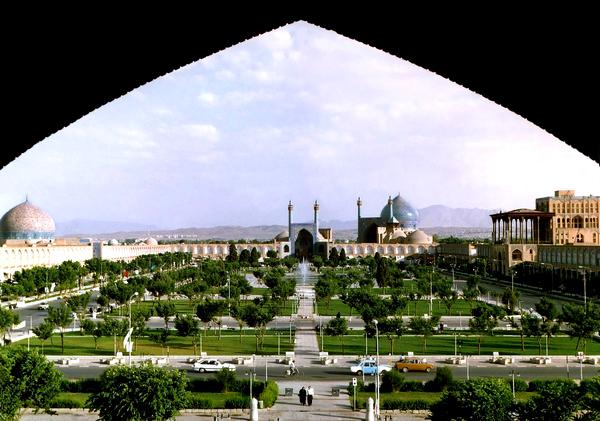 Slika 117 Trk na trg: میدان نقش جهان, Isfahan