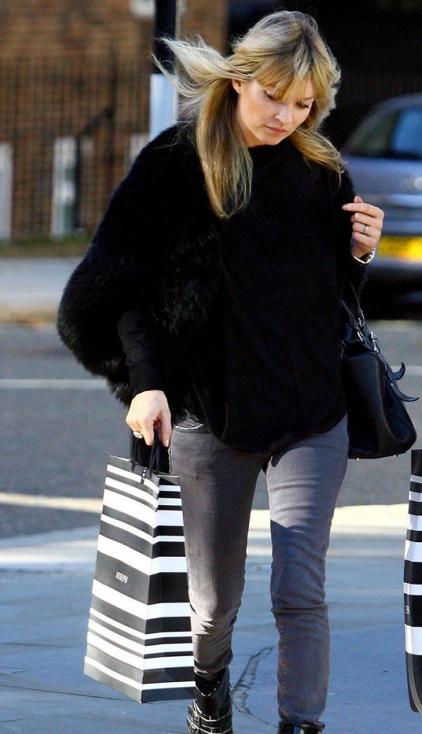 Slika 58 Street Style: Kate Moss