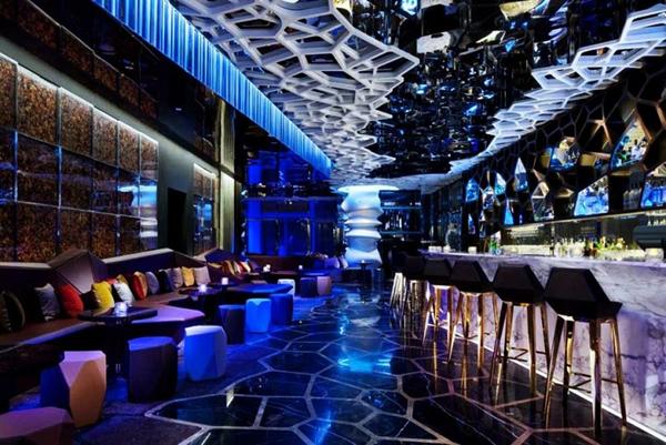 Slika82 Top 10 najlepših barova na krovovima zgrada