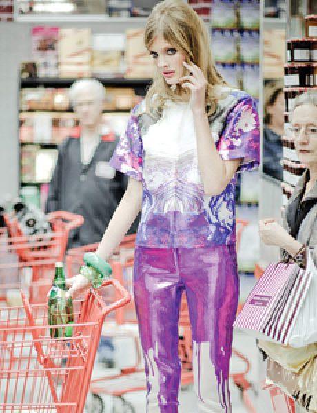 """Vogue Mexico"": Constance Jablonski u supermarketu"