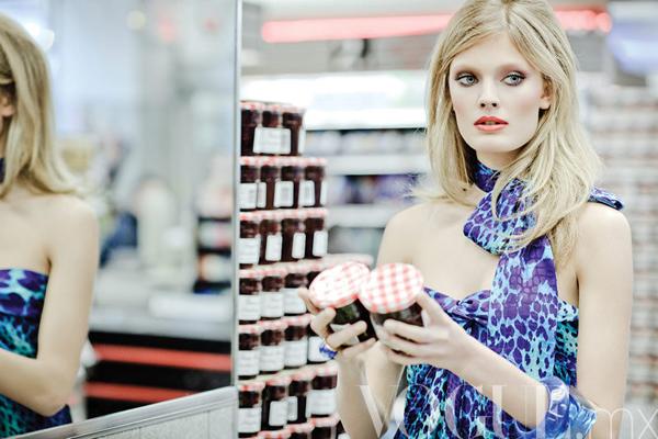 constance mx 21 Vogue Mexico: Constance Jablonski u supermarketu
