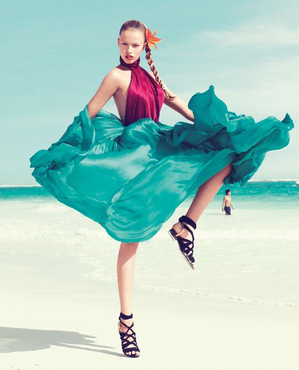 hailey bazaar 6 Harper's Bazaar US: Žurka na plaži