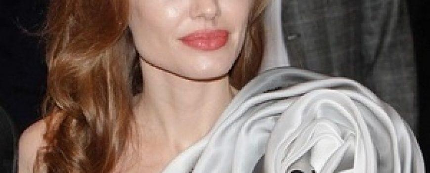 Trach Up: Angelina nije u crnom