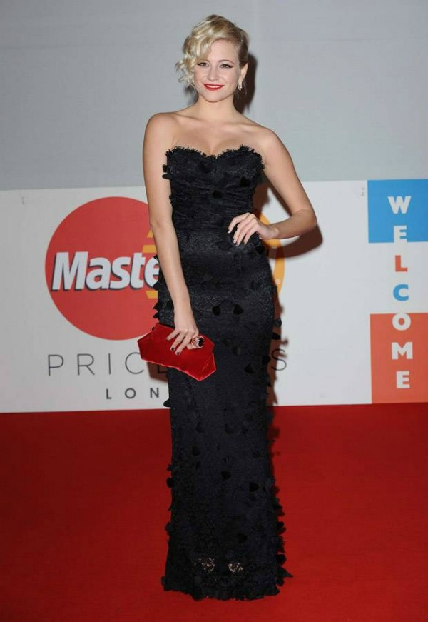 pixiedolcegabbana Crveni tepih dodele nagrada BRIT 2012