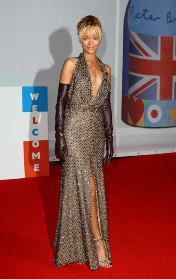 rihannagivenchycouture Crveni tepih dodele nagrada BRIT 2012